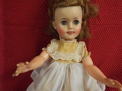 """VINTAGE 1950's ALL ORIGINAL SHIRLEY TEMPLE DOLL, 15""""   Tagged dress"""