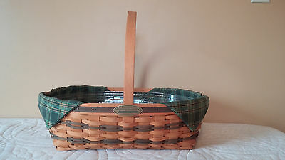 Longaberger Traditions Collection Hospitality Basket 1998, liner, and protector