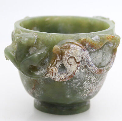 Collectible Chinese hand carved HeTian jade cup with Chi dragon head handle D571