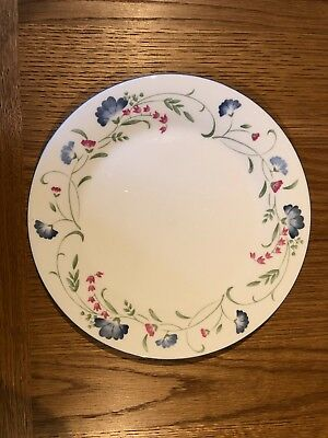 "Royal Doulton Expressions Windermere China Dinner Plate 10 1/2"" Diameter"