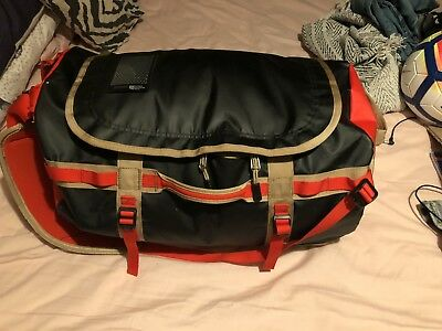 The North Face Base Camp Duffel - SMALL ONE SIZE TNF RED/TNF BLACK/ GOLD