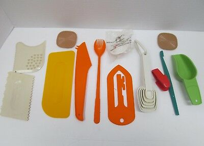 Tupperware Lot of Kitchen Tools & Gadgets, Cake Decorating, Measuring Spoons etc