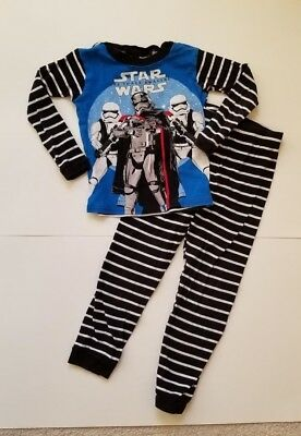 Star Wars Boys' PJ Size 8, Used Great Condition