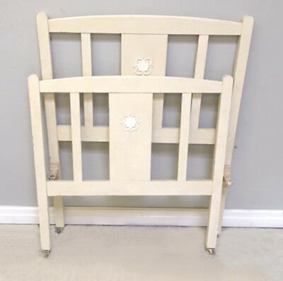 Simply Styled Painted Wooden Single Bed