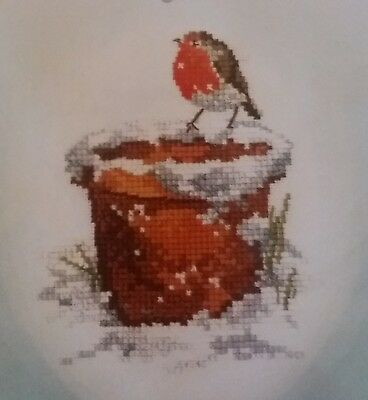 """Robin Cross Stitch Kit """"Garden Friend"""" by Heritage Crafts - Sue Hill Collection"""