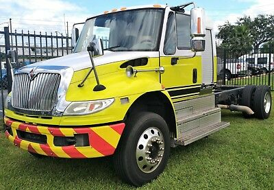 2012 INTERNATIONAL 4300 Extended Cab & Chassis - NON CDL