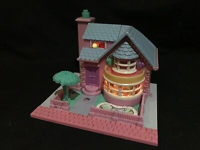 polly pocket 1993 Bay Window House Fully Lights Up No figures