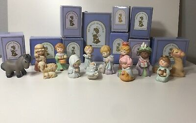 Avon Heavenly Blessings Nativity Christmas Set 13 Figures With Boxes 1986- 1988