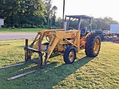 Ford 420 Industrial Diesel Loader Tractor
