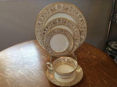 Wedgwood Gold Florentine bone china FIVE piece place setting W4219