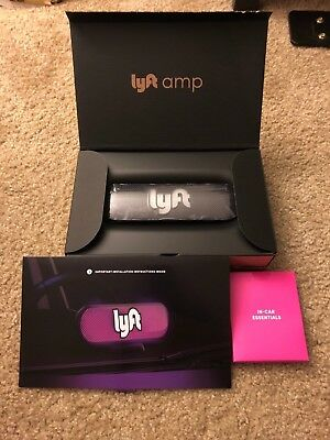 NEW LYFT AMP Light with Charger & accessories