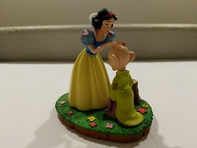 Grolier Collectibles Disney One More Kiss Snow White Dopey Figure