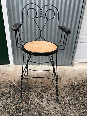 Antique Twisted Iron Shoe Shine Chair Station Wide Seat Great Condition