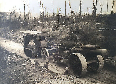 Battle of the Somme 8 inch Howitzer Mk V towed by Holt Tractor WW1 Press Photo