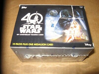 2017 Topps Star Wars 40th Anniversary EXCLUSIVE Sealed Blaster Box + MEDALLION