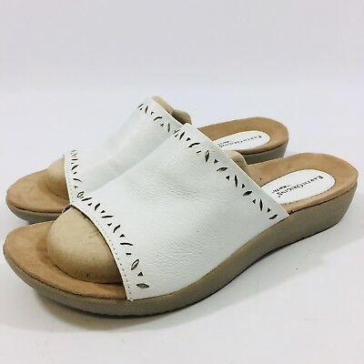 121d45a6c7c6 Earth Origins Valorie Womens size 9.5 W White laser cut leather Sandal  Slides Sh
