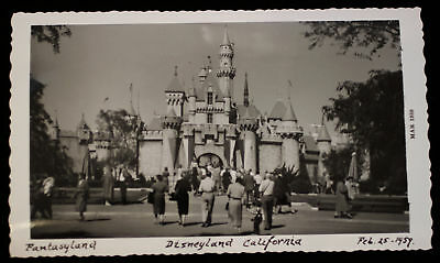 Disneyland Feb 1959 Orig b/w Photo Sleeping Beauty Castle Entrance Fantasyland