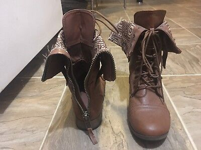 ac9668fbb23948 BROWN COMBAT BOOTS CHARLOTTE RUSSE Women s Size 8 -  12.00