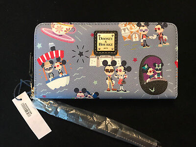 Disney Dooney and Bourke Mickey Minnie Attractions Rides Hipster Wallet  NWT