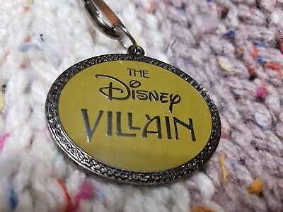 Disney Catalog Exclusive Villains Lanyard and Medallion from 2002