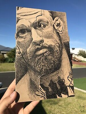 UFC MMA: Conor McGregor (Pen On Cardboard Coffee Holder!)