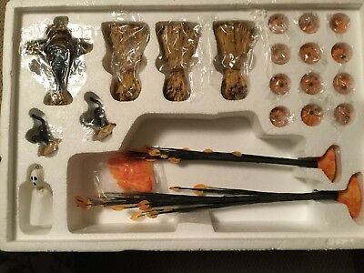 Dept 56® VILLAGE HALLOWEEN ACCESSORIES SET OF 22 BRAND NEW - TREES PUMPKINS MORE