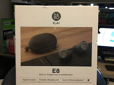 Bang & Olufsen Beoplay E8 Premium Truly Wireless Bluetooth Earphones Chcl sand