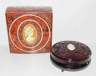 Vintage Avon Cameo Beauty Dust Powder Container Amber Original Box Footed Unused