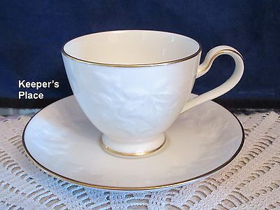 Noritake HALLS OF IVY Ivory China Footed Cup Saucer Gold Trim Japan 7341 Mint