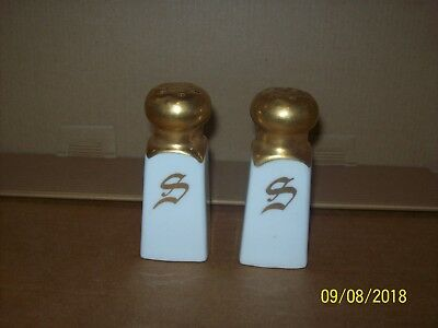 """S"" salt & pepper shakers JHR Bavaria white with gold 3 1/4"" tall"