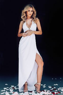 Bryana Holly Sexy Posing For The Camera 8x10 Picture Celebrity Print