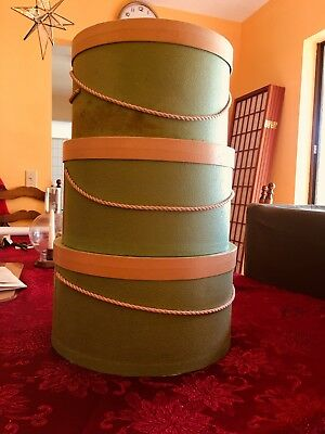 Vintage Three Round Hat Boxes 1960 Decade Green With Pink Trim