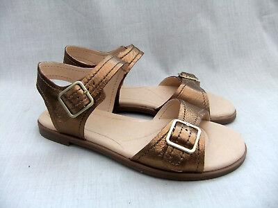 86dabe574f9359 New Clarks Bay Primrose Womens Bronze Leather Sandals Size 4.5   37.5