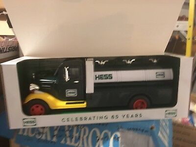 2018 Collector's Edition Hess Truck 85th Anniversary SPECIAL Edition Sold out