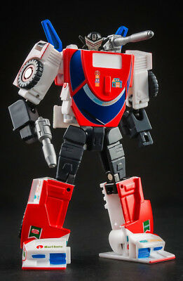 Toy-World TW-GS01 Transformers G1 Exhaust Christmas Edition Mini Pocket Boxed