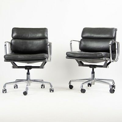 Eames Herman Miller Soft Pad Low Aluminum Group Chair Black Leather 2000's 21x