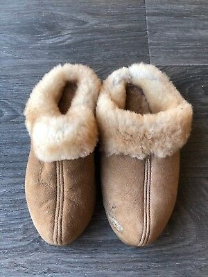 6af0ae70c7d CABELA'S SIZE 7 Brown Shearling Slippers Suede Leather Sherpa Sheep ...