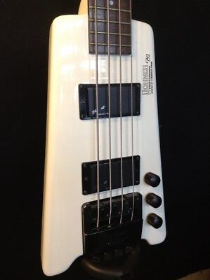 Hohner Steinberger Licensed B2 White Headless Electric Bass with Soft Case
