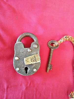 Old Antique Solid Heavy Strong Iron Handcrafted Pad Lock,collectible 3628