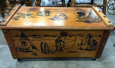 Vintage Large Roy Rogers & Trigger Wooden Chest Trunk W/ Hinged Lid Toy Box
