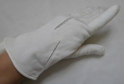 BNWOT Vintage 1960's Cream Cosy Lined Nylon Wrist Gloves Size 7 1/2 Large