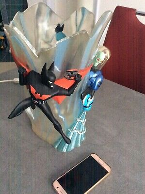 BATMAN BEYOND MR FREEZE LAMP. 15 tall 10 wide