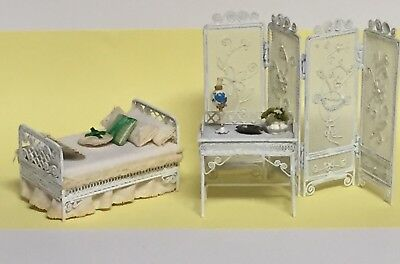 Bedroom Set Dollhouse Furniture w/ Room Divider Bed Dressing Table & Accessories