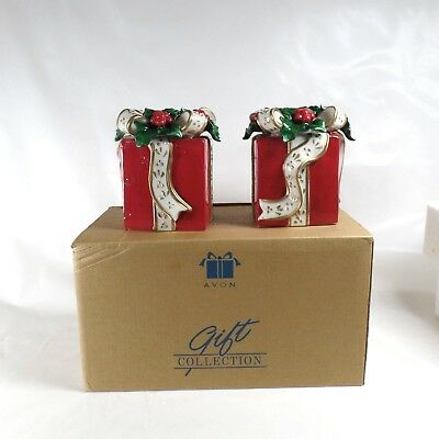 Avon Set of 2 Gift Box Taper Candle Holders with Box Christmas Presents 2001