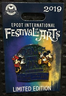 Disney Parks EPCOT 2019 Festival Of The Arts Mickey & Minnie Dance to the Music