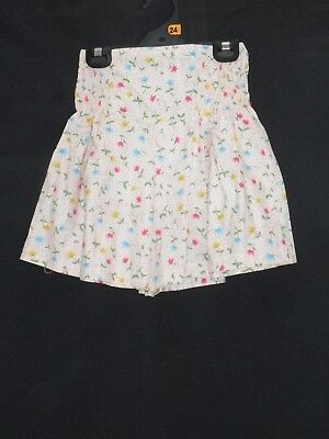 1980's Vintage High Waisted Flared Floral Shorts with Shirring at the Sides.