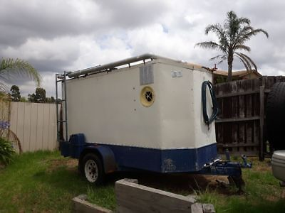 Enclosed trailer With Generator