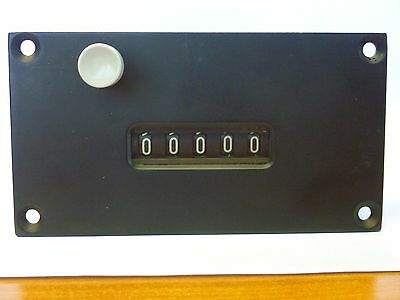 IVO Industries F160.55 Add / Subtract Electromechanical Counter, 115VAC