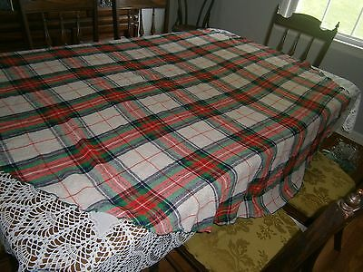 """Vintage OVAL Wool CHRISTMAS Tablecloth Red Green White Blue Gold 66 x 66"""""""
