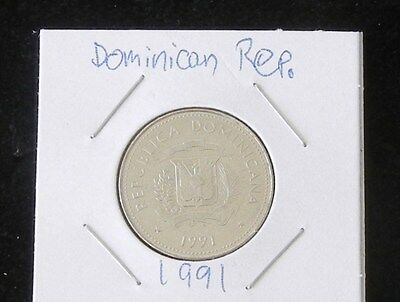 Set Of Two 1991 Dominican Republic 25 Centavos Coins (Brilliant & Uncirculated)